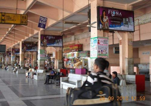 Bus Stations  (5)