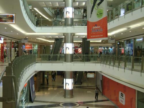 Mall Branding  (2)